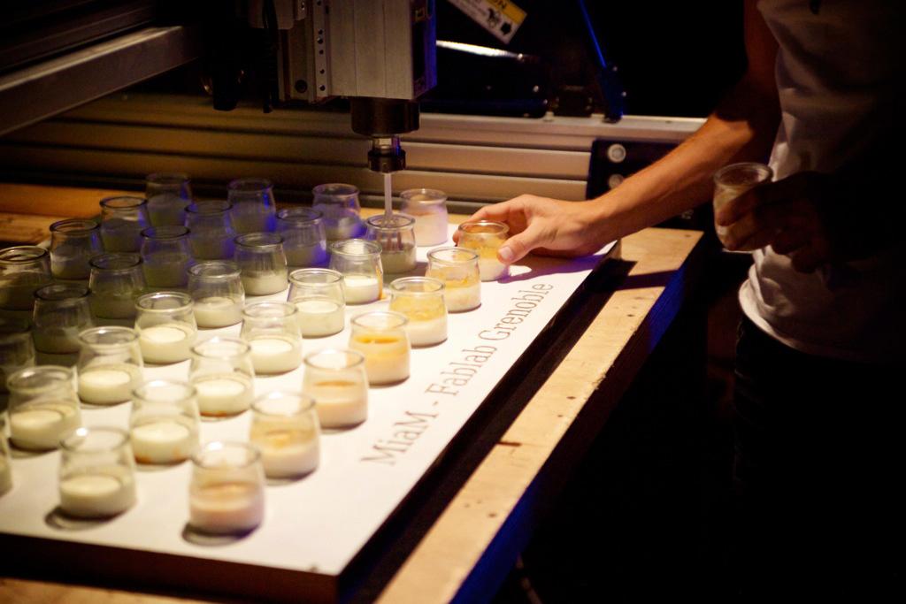 yaourt au fab lab de grenoble